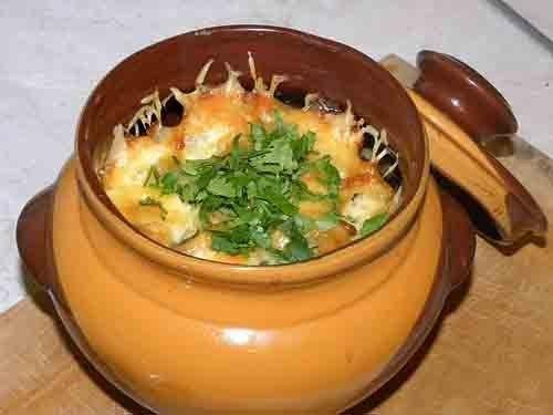 Картофель с мясом в горшочках, рецепт приготовления