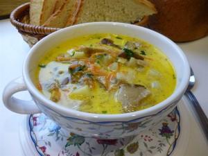 Суп с белыми сушёными грибами