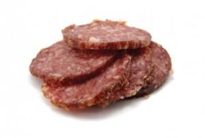 Сырокопчёная колбаса в домашних условиях