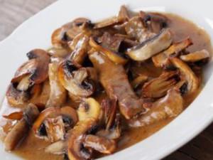 Шашлык из говядины с грибами